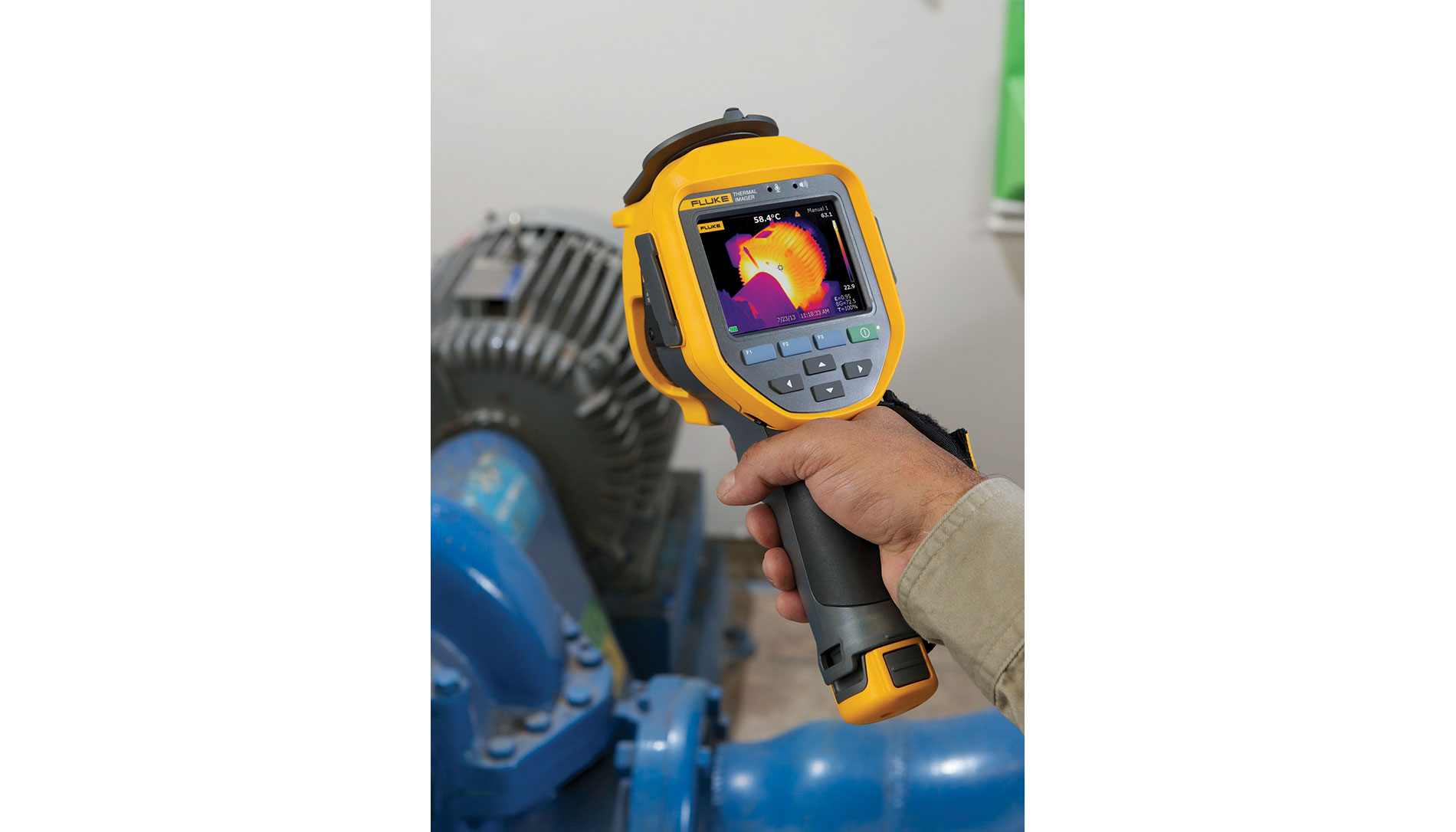 Fluke IR camera has an intuitive touchscreen interface.