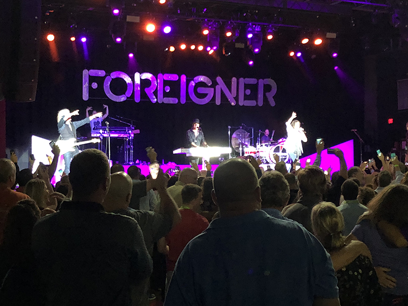 The 2018 NECA Show closed with a concert by Foreigner.