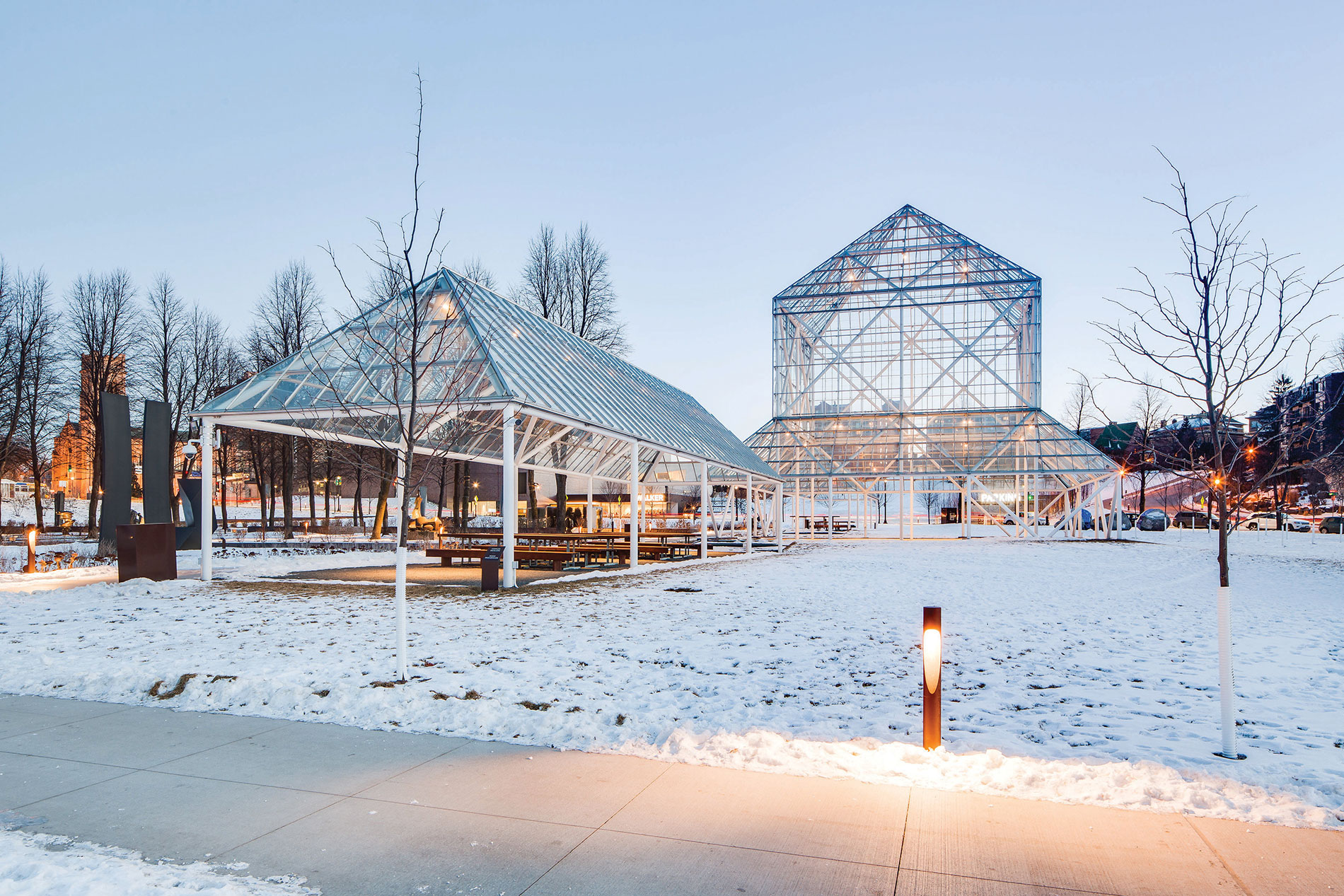 When the enclosed Cowles Conservatory was replaced by the open Cowles Pavillion, OlympiaTech removed most of the existing lighting and installed an LED-based system. Photo credit: Lindsay Cajune-Duffy of Lindsay Nicole Photography