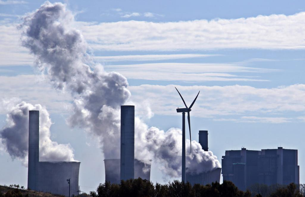 World's Coal Plants Becoming Less Cost-Competitive