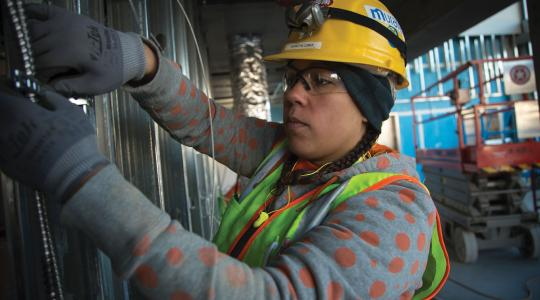 Women at Work - Kennitha Lomax Courtesy of Oregon Tradeswomen