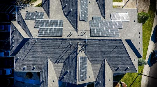 Residential Solar Panels Image by Charlie Wilde from Pixabay