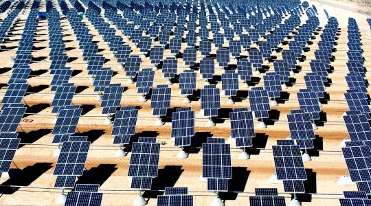 Solar Power Panels in Desert Image by David Mark from Pixabay